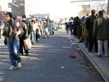 Crowds Overrun LIRR Station While Traffic Crawls In Jamaica