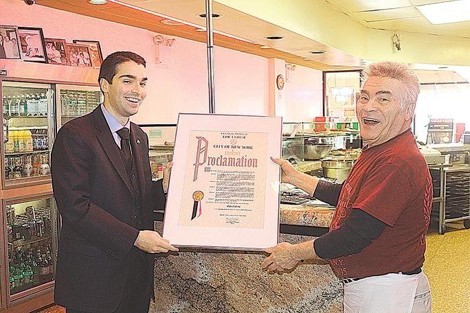 Aldo Calore soon to make his last pizza 1
