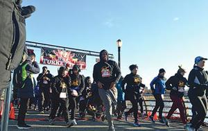 Annual Turkey Trot scores thousands 1