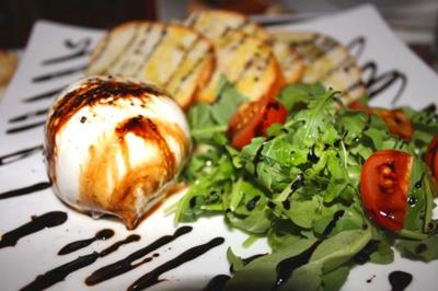 New restaurant boasts fresh food and fun1