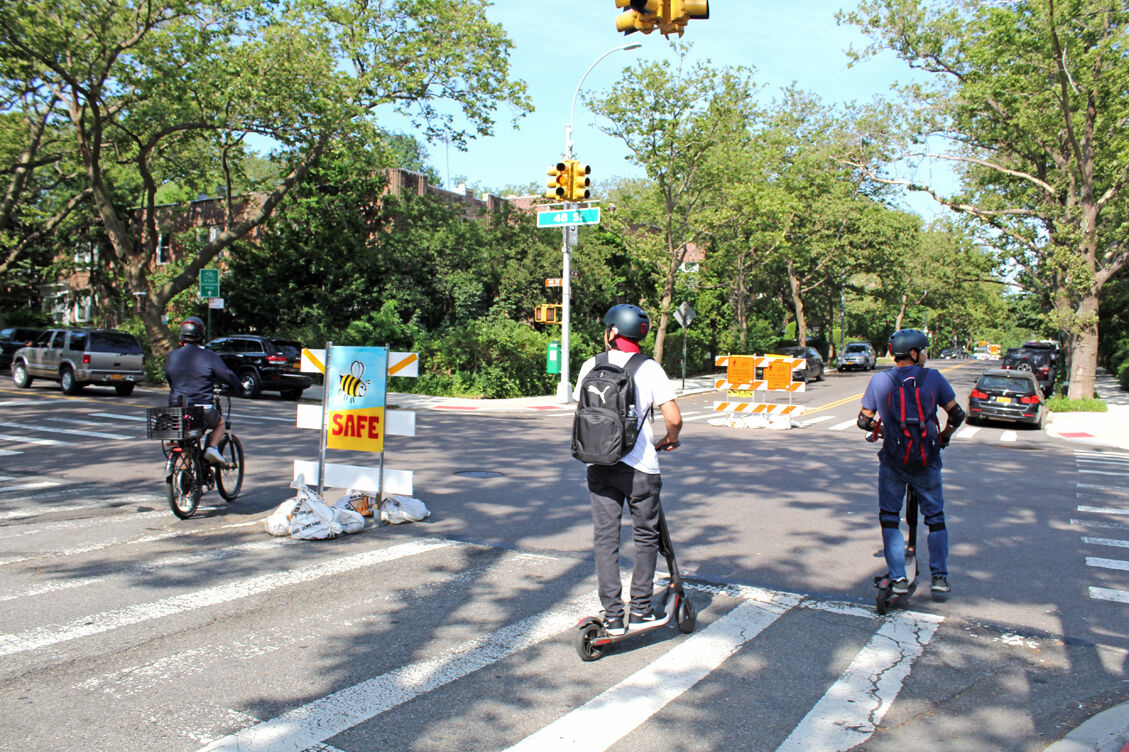 DOT bike boulevard praised, trashed 1