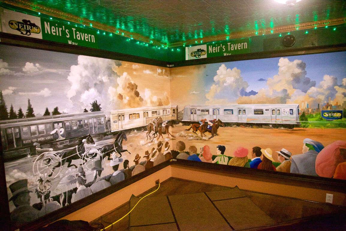Neir's mural presents history in living color 1