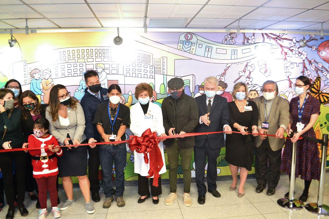 Mural celebrates 'Elmhurst Strong' 1