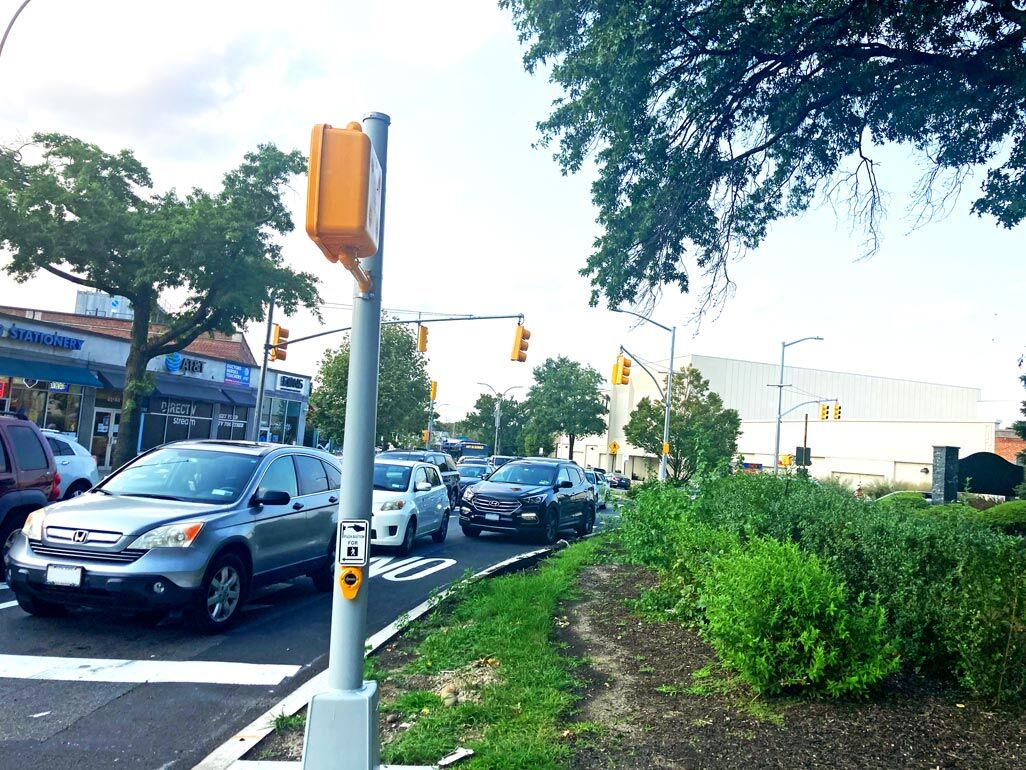 Traffic circle is 'a complete nightmare' 1