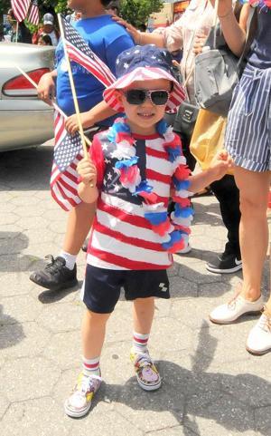 Sunnyside flag parade 3