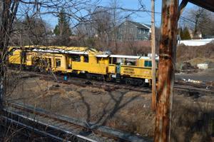 Baysiders unhappy with LIRR rail yard 1