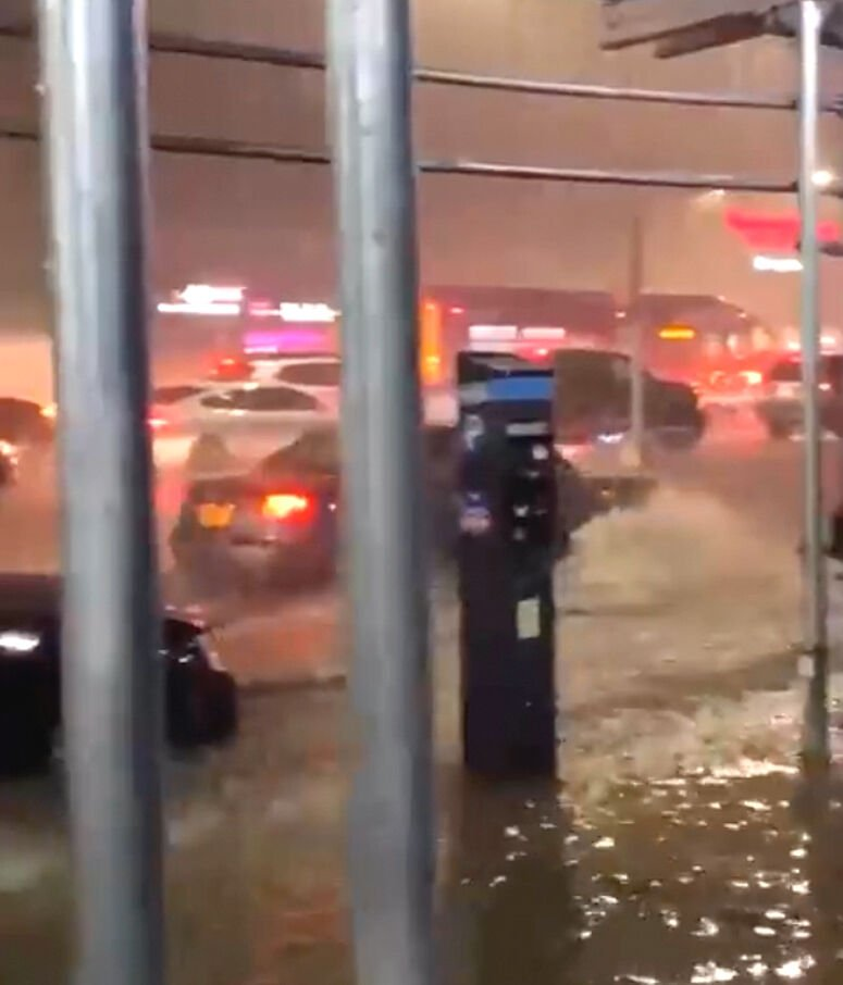 Vignettes from the storm, as Queens floods out 2