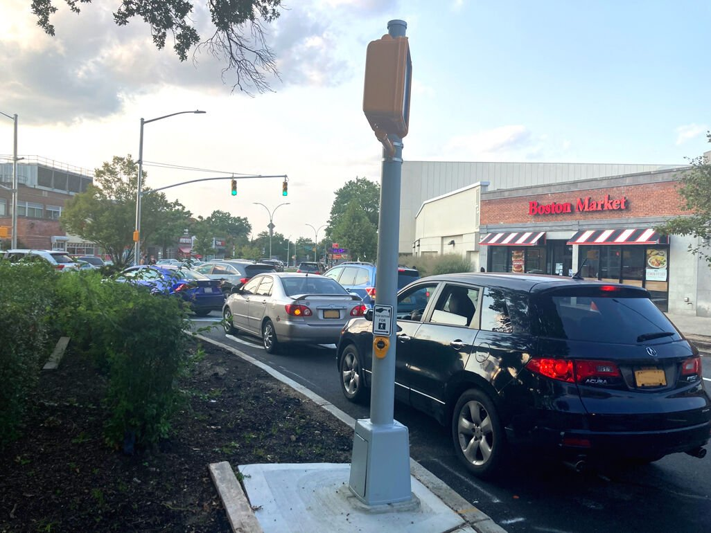 Traffic circle is 'a complete nightmare' 2