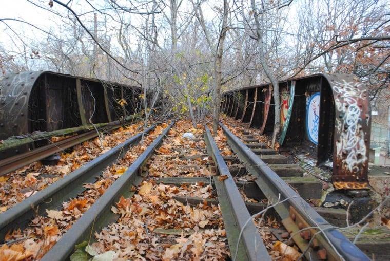Rails-to-trails push on old LIRR tracks 1