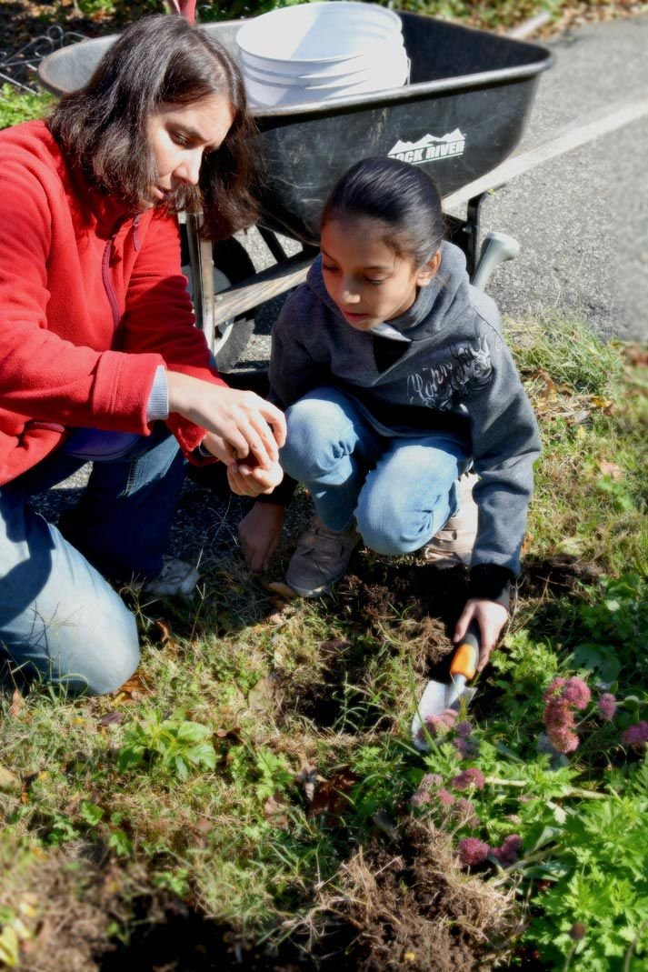 Your community garden: a good place for gathering 1