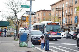 Advocates 'honor' Queens bus routes 1