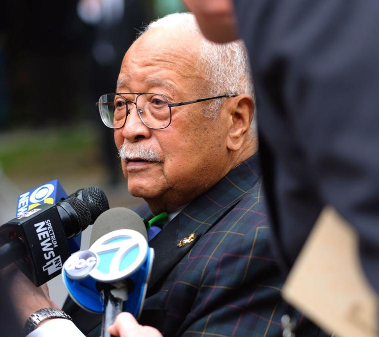 Tributes paid to longtime Queens DA 12