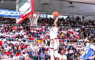 Home sweet home for Johnnies at Carnesecca 1