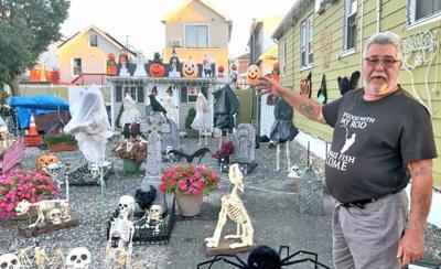 It's spooky season in Howard Beach 1
