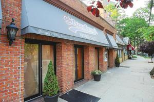 Darryl Strawberry's restaurant closes for good 1