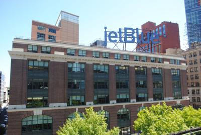 Source: JetBlue to stay in LIC, add jobs