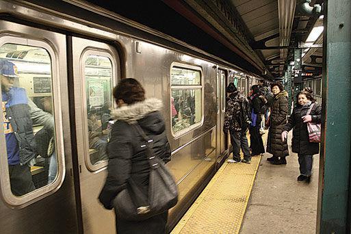 Health Dept  disputes subway bacteria study 1 - Queens