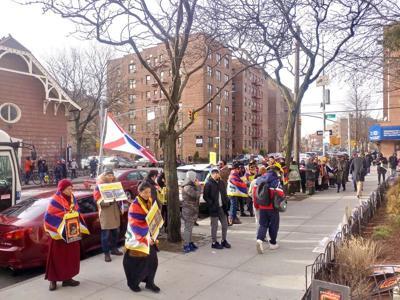 Students protest Tibet photo exhibit 1