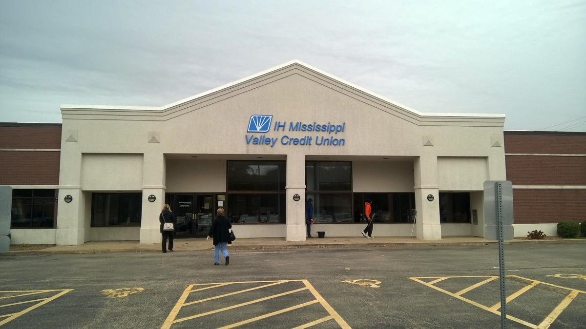 IH Mississippi Valley Credit Union headquarters
