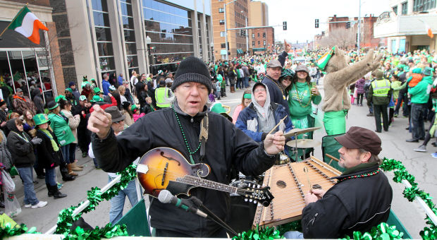 St. Patrick's Grand Parade XXIX - Schultz | News | qctimes.com