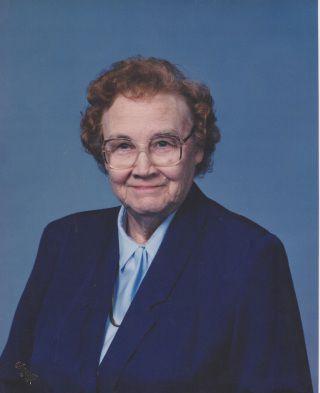Lola Petersen