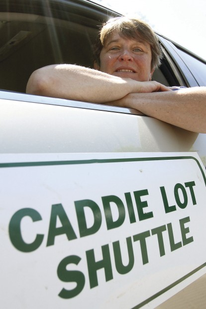 Shuttling caddies