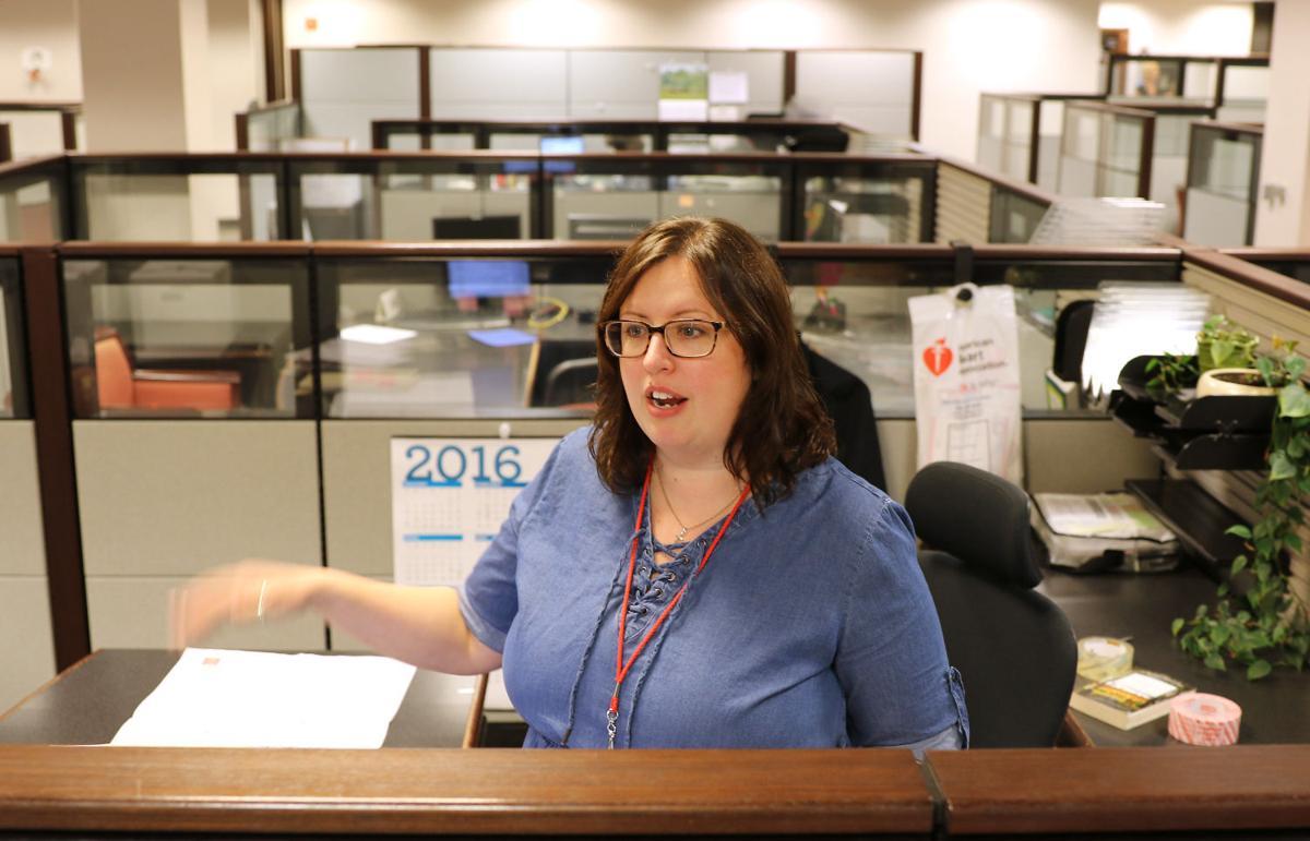 Photos: Wells Fargo bank move | Economy | qctimes com