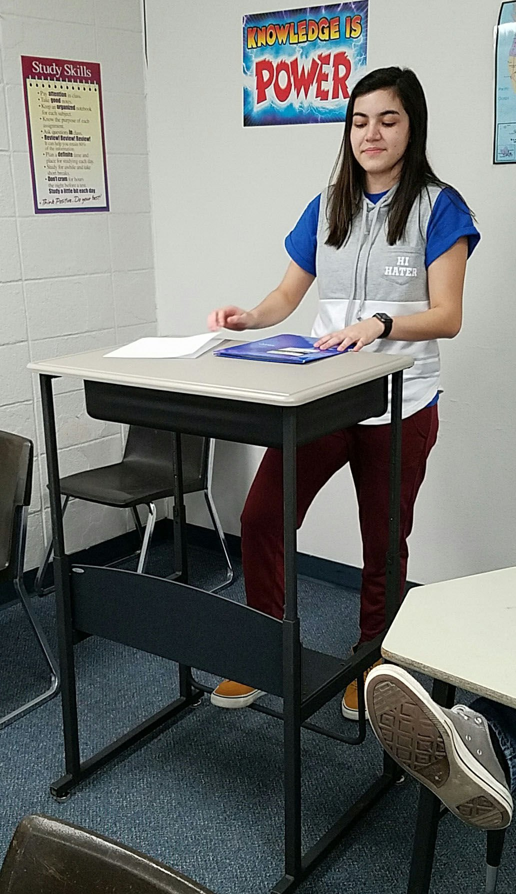 Stand and deliver Bettendorf High School classroom tests standing