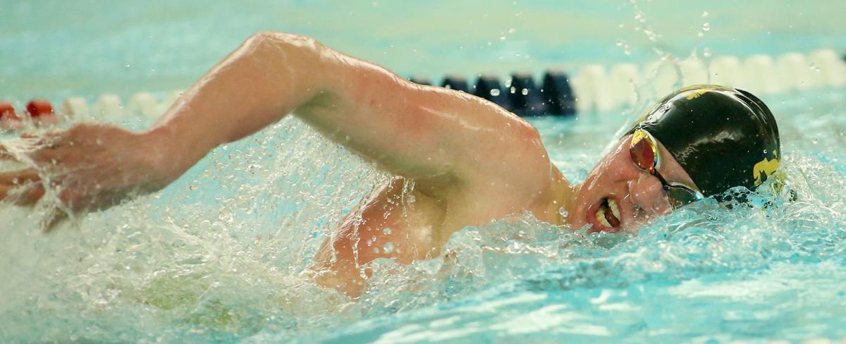 010319-Boys-Swimming-011
