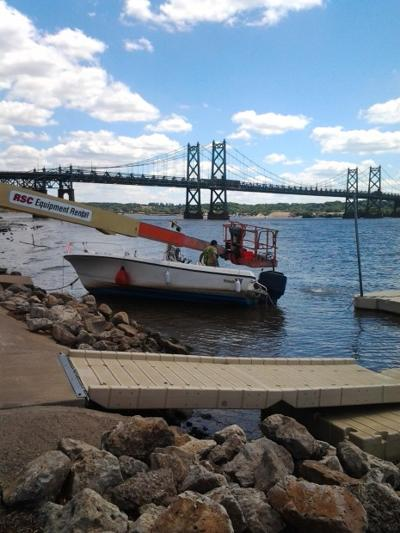 Sinking boat recovered