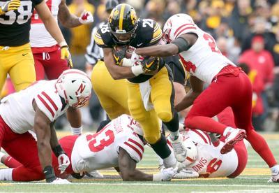 112318-Iowa-Football-031