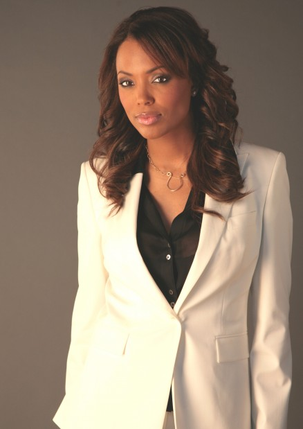 7 things to know about Aisha Tyler  3dfd518a3