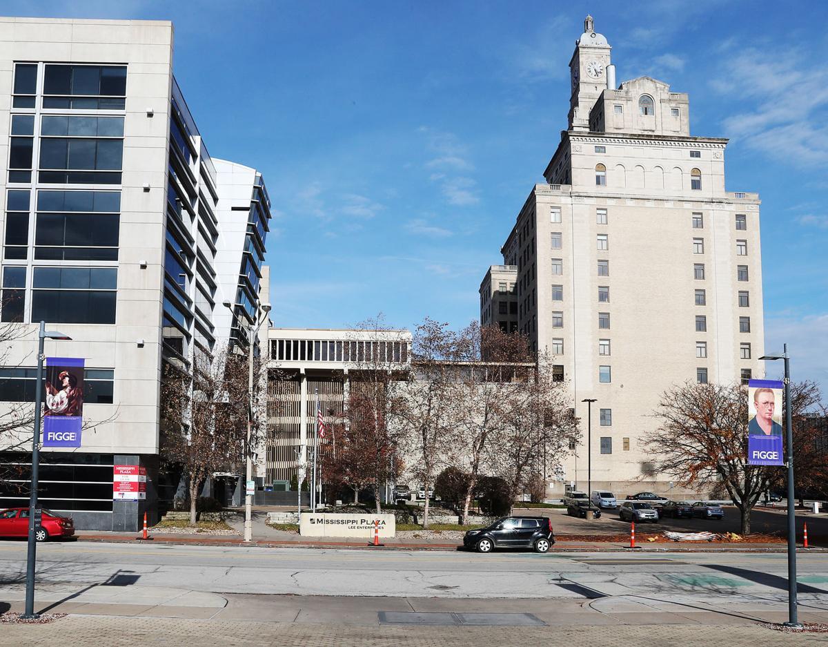 112119-qct-qca-apartments-001