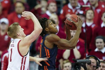 Illinois Wisconsin Basketball