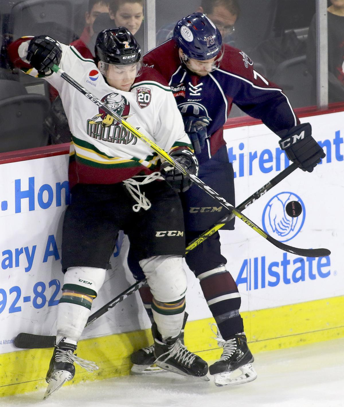 21396a7bd53 Mallards win a wild one over Oilers | Quad-City Storm Hockey ...