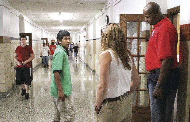 how to become a truancy officer