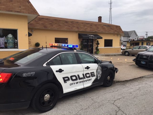 Davenport police respond to a shooting in Davenport