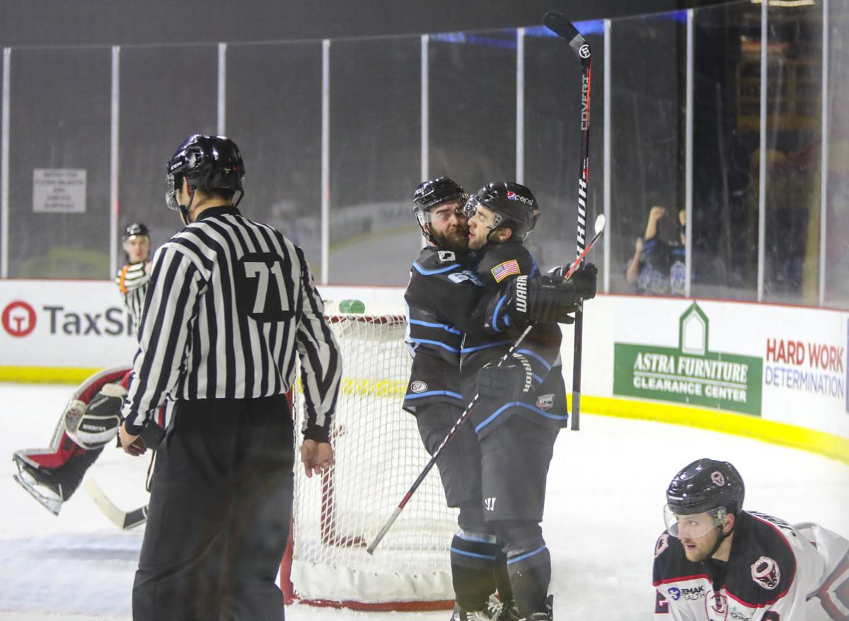 021819-qct-spt-storm-hockey-004