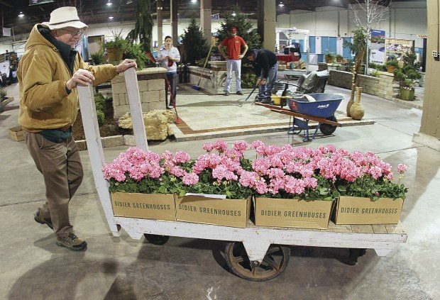 Flower Show Sprouts With Landscaping Ideas Local News Qctimes Com