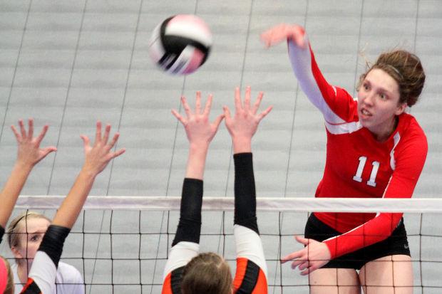 111413-Assum-Volleyball3