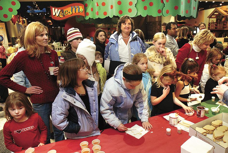 Kids find holiday fun at Bettendorf Family Museum