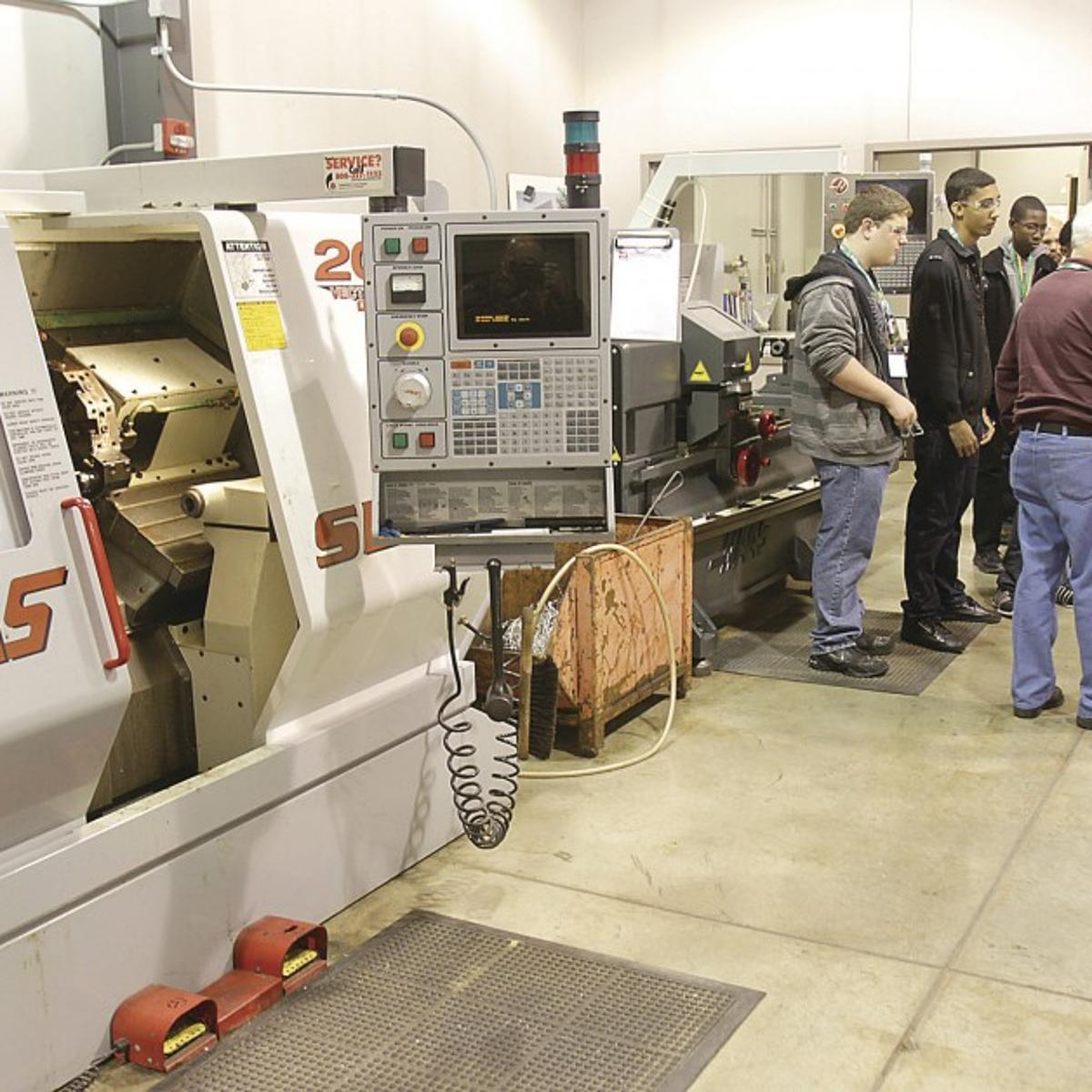 Expo opens eyes to new career options for area youth | Local News ...