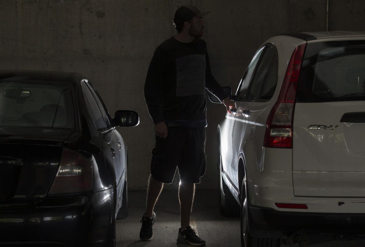 072317-CAR-THEFTS-001