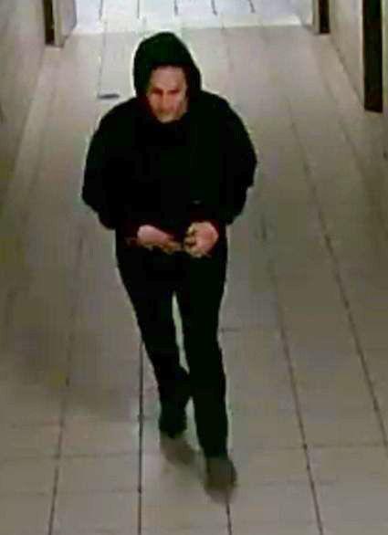 Kay Jewelers burglary suspect