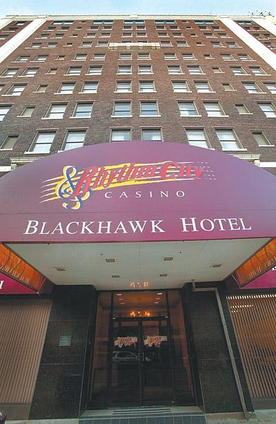 St. Louis-based company favored for Blackhawk hotel restoration