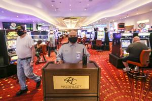 Iowa casino revenue inching back