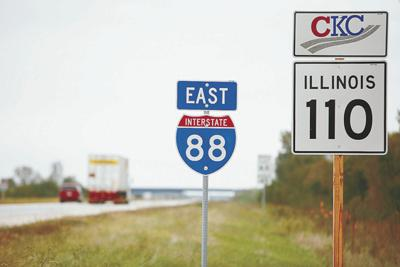 New signs for Illinois 110 | Ask the Times | qctimes com