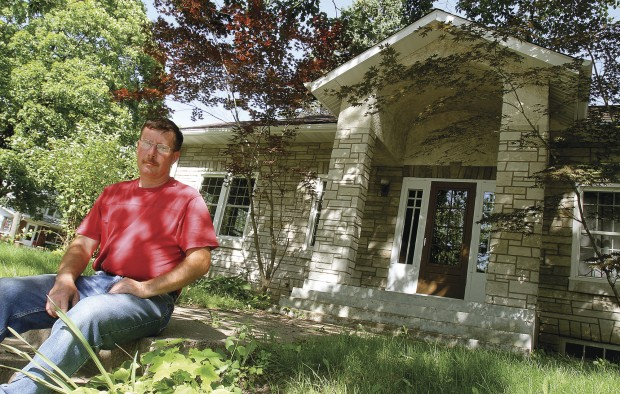 Group Is Lauded For Restoration Of Historic 1930s Bungalow