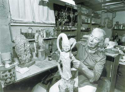 Sculptor Isabel Bloom dies at 93