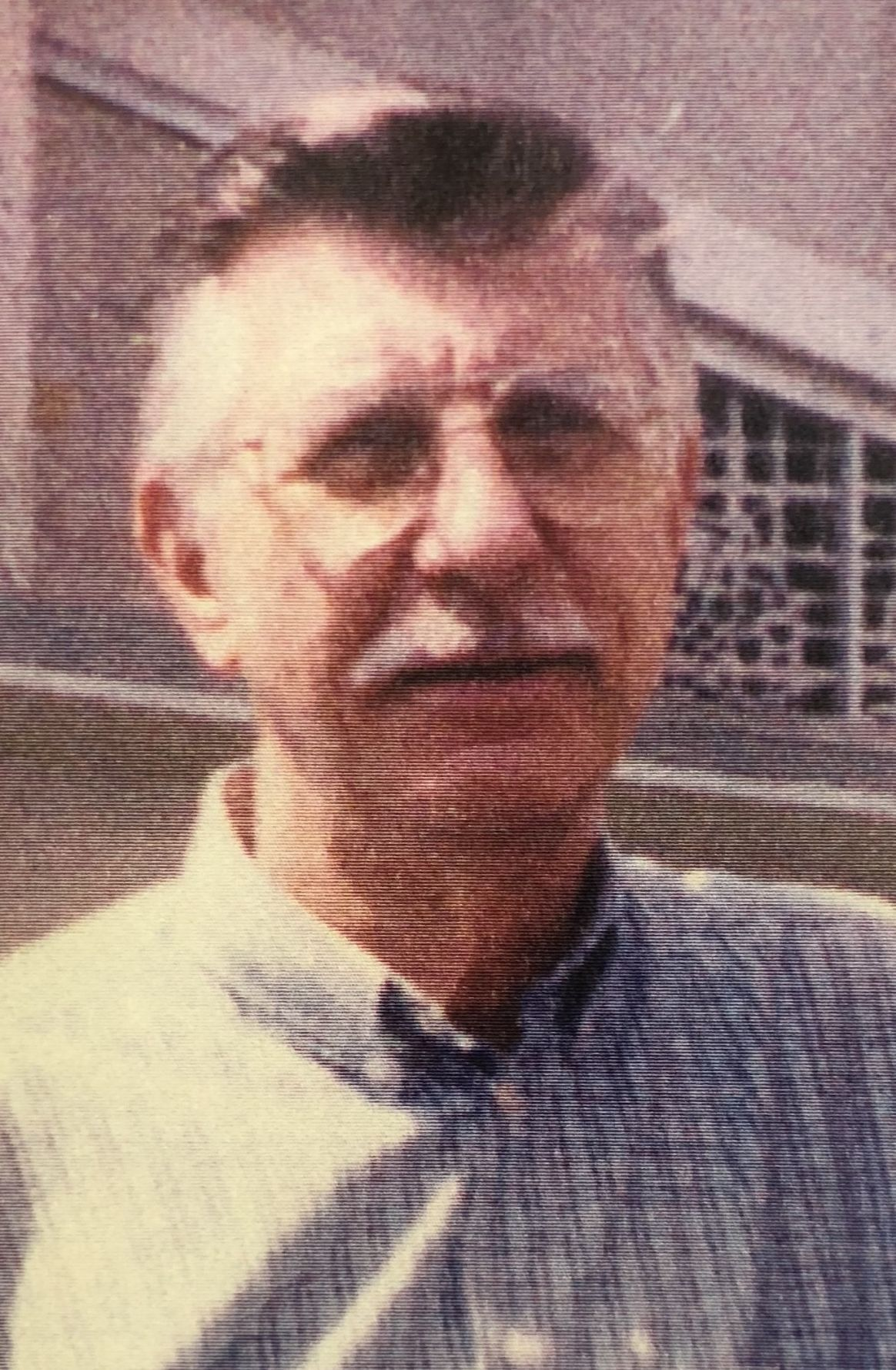 Lyle W. Mohr March 13, 1932 -January 12, 2018 Lyle